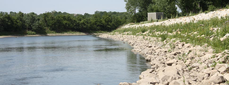 Strengthening Des Moines Riverbanks Stanley Consultants
